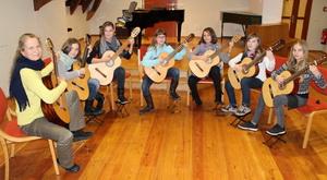 Gitarrensensemble,  Musik- und Kunstschule